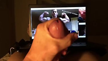 Jerking to muscle 5