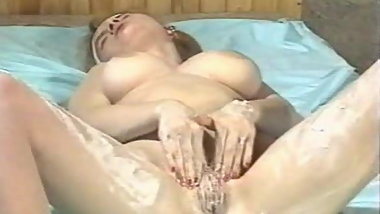 LW - Masturbating girls