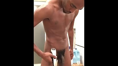 Trimming my pubic uncut bbc PT.2