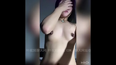 Chinese girl creampied by classmate 露脸高颜值妹子无套内射