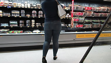 Cutie with booty  PAWG in skin-tight jeans