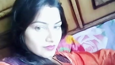 Indian desi Bhabhi ki dodh malai