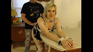 Maid gets creamed in kitchen SC: Onelucky_irish