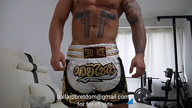 Thai Boxing Daddy chaturbate.com/ballard_/
