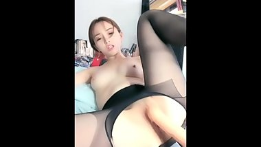 Chinese Beauty Live Masturbation 18