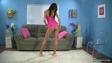 AUGUST AME'S PANTYHOSE TEASE