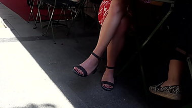 candid girl crossed legs, sexy feets dangling