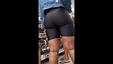 THICK EBONY IN LEATHER COMPRESSION SHORTS