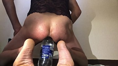 beauty bottle in anal for a great pleasure