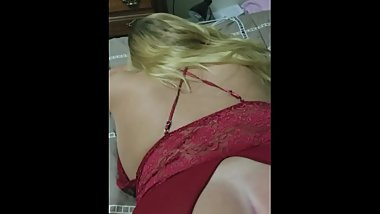 Girlfriend gets Fingered From Behind and Asshole Licked