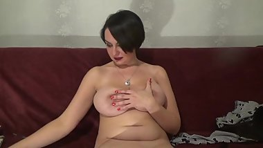 Smoking Fetish piss with saggy tits