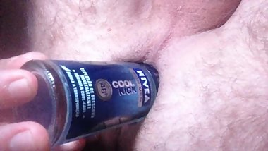 Fuck my ass with a Nivea Deodorant