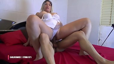 DEMO-THE STORM 1971 MATURE WOMAN & CARLOS SIMÃ•ES IN FRIENDS INTIMOS1 PART 1