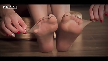 asian nylon feetplay5