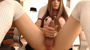 Trans jerking her lovely large cock