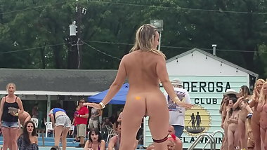 Group of naked girls Nudes a Poppin 2019