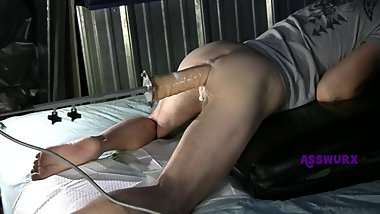 Fuck Machine Ride With Huge Cock