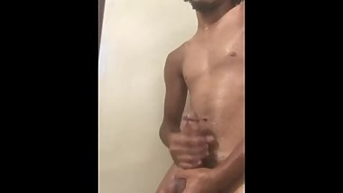 Jacking off in shower (Cumshot)