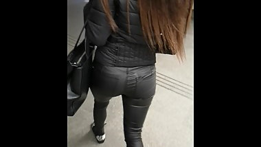 tight leather pants girl