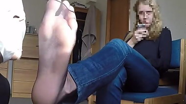 NYLON GODDESS IZABELA FOOT FEET SNIFF