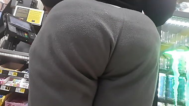 Big Booty in gray sweats
