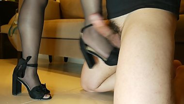 SEXY BALLBUSTING WITH HEELS BY HOT TEEN - 4K ULTRA HD