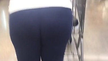 Thick Swole Phat Black Ass in tights