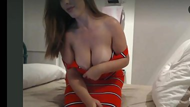 Beautiful girl show her big boobs