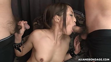 Aoi Miyama lets two guys do nasty stuff with her