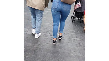 British Fat Ass in Jeans