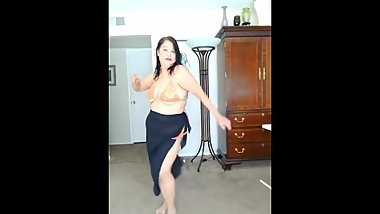 Mature Latina Granny dancing just because it feels good!!
