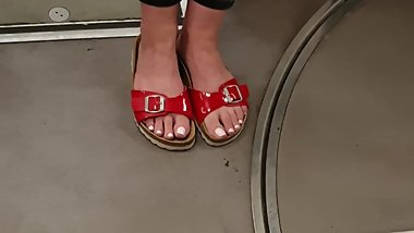 Candid public feet in metro! White toes feet in sandals! Birkenstocks