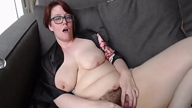 Saggy mature tries clit-sucker, shows feet, fingers herself