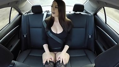 Horny Girl Fucks Herself In The Back Of An Uber