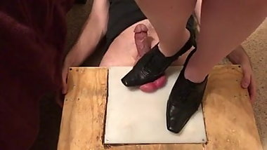 Mistress Bridget crushes his balls