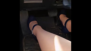 miss queen toes  Pantyhose Feet Fetish wife