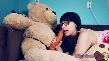 Play Time with Kiwwi - Teddy Bear Fuck! *Short*