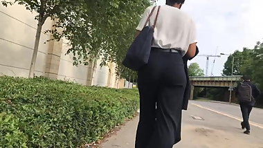 Thick round juicy Haitian bubble butt eatin up loose pants