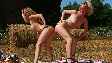 The lesbian farmer daughter loves strapon and fist