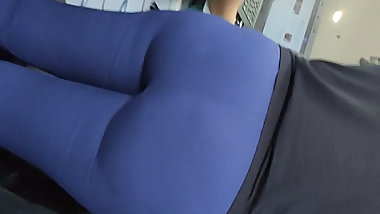 Sexy blonde fat ass secretary