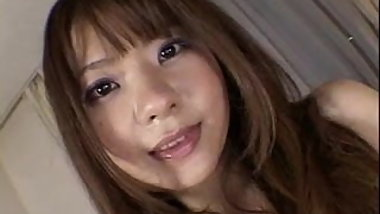 YUKIKO close-up japanese pussy play