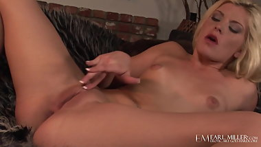 Young Blonde Shay Golden Fingers Her Hot Juicy Pussy & Anus!