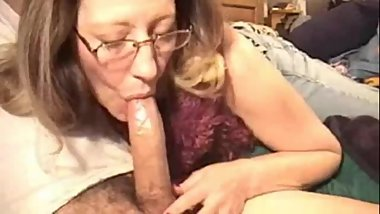 One of the all time deepthroat MILF blowjobs