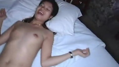 White guy fucks skinny Asian in homemade video