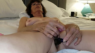 Mature Granny  Masturbating with Anal