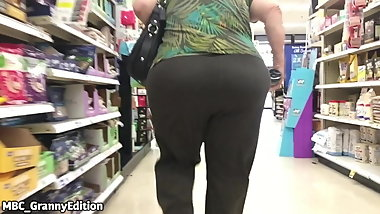Granny Pawg Donk WHOLE LOT OF JIGGLE