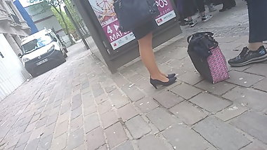 Sexy legs and heels for this mature