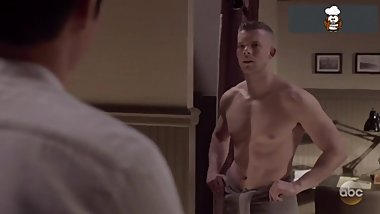 Russell Tovey Naked Photo Collection Leak – SO SEXY!