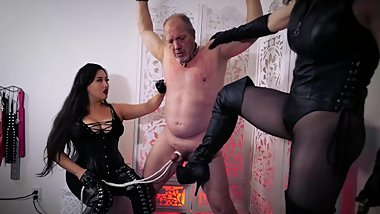 Ballbusting (mostly squeezing)