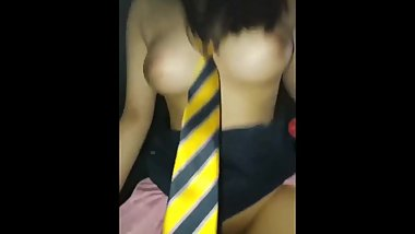 GIRL WEARING STRIPED YELLOW TIE IS FUCKED BY HER BOYFRIEND 노랑넥타이